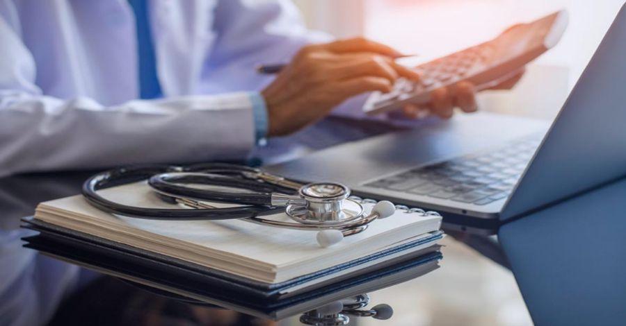 Perito en medicina